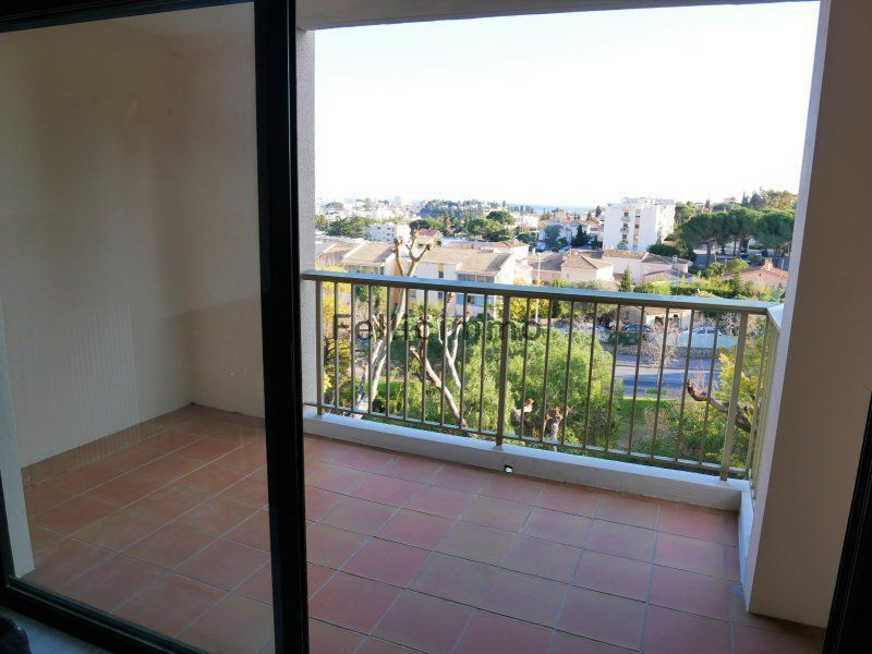Vente appartement du0027angle 3 pieces 67 m2 vue mer le cannet
