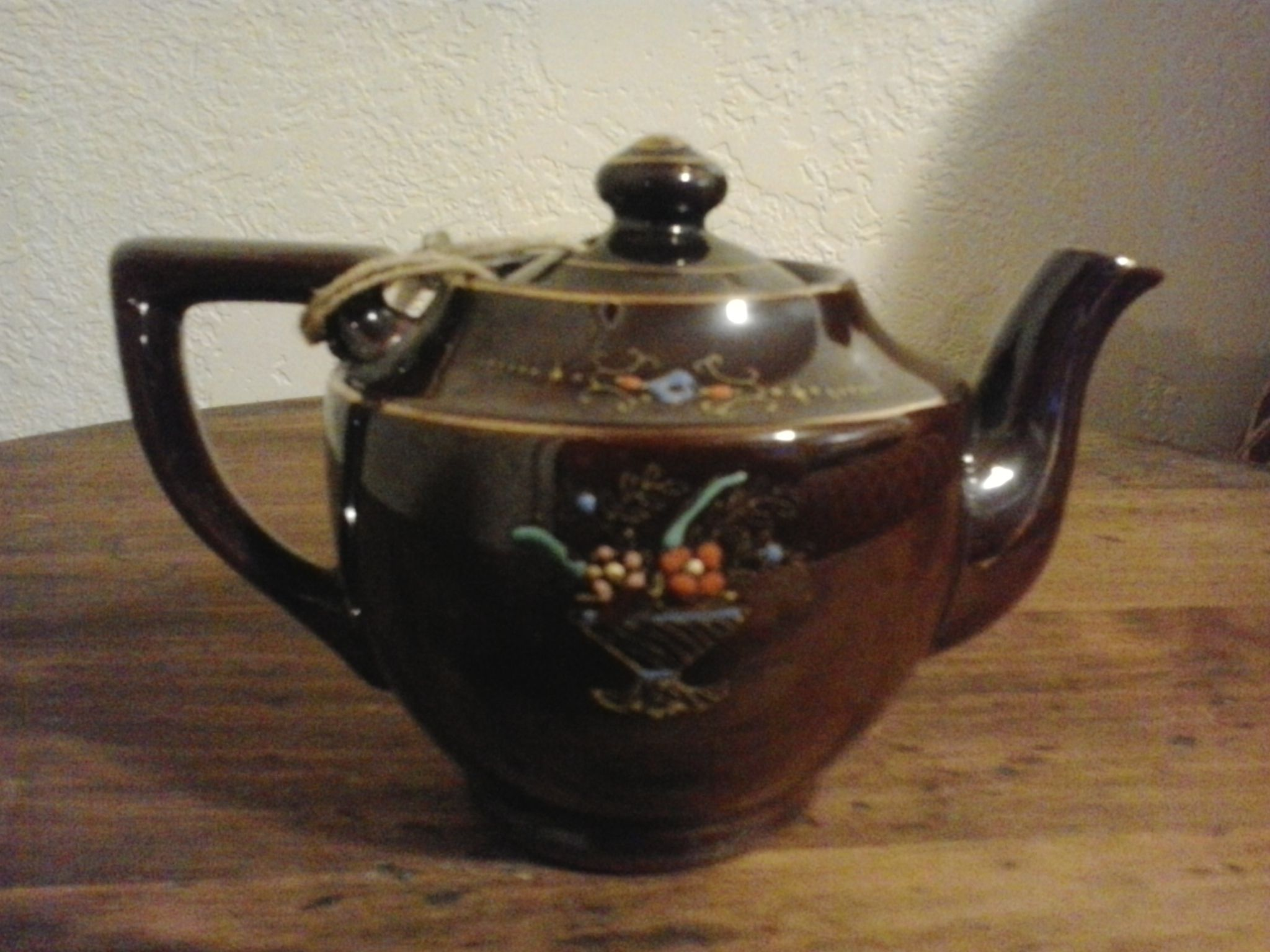 Miniature teapot made in occupied Japan | My Antiques | Tea