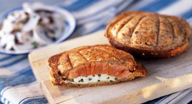 20 recettes de croque-messieurs parfaits et vite-prêts #croquemonsieur Croque-monsieur au saumonVoir la recette du Croque-monsieur au saumon >> #croquemonsieur 20 recettes de croque-messieurs parfaits et vite-prêts #croquemonsieur Croque-monsieur au saumonVoir la recette du Croque-monsieur au saumon >> #croquemonsieur