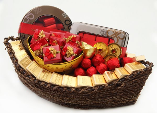 Chinese New Year Basket By Patchi Happy New Year Gift Chinese New Year Decorations New Year Gifts