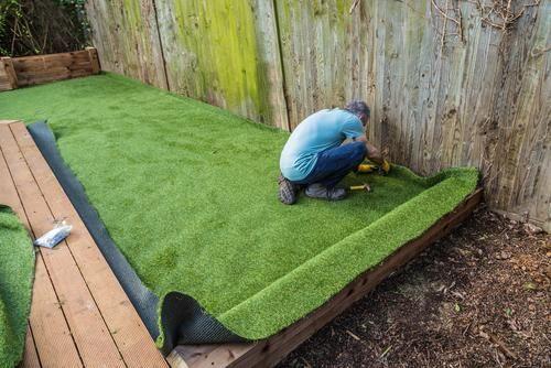 How To Prepare Your Garden For Artificial Grass Installation Gazon Artificiel Pelouse Artificielle Decoration Jardin