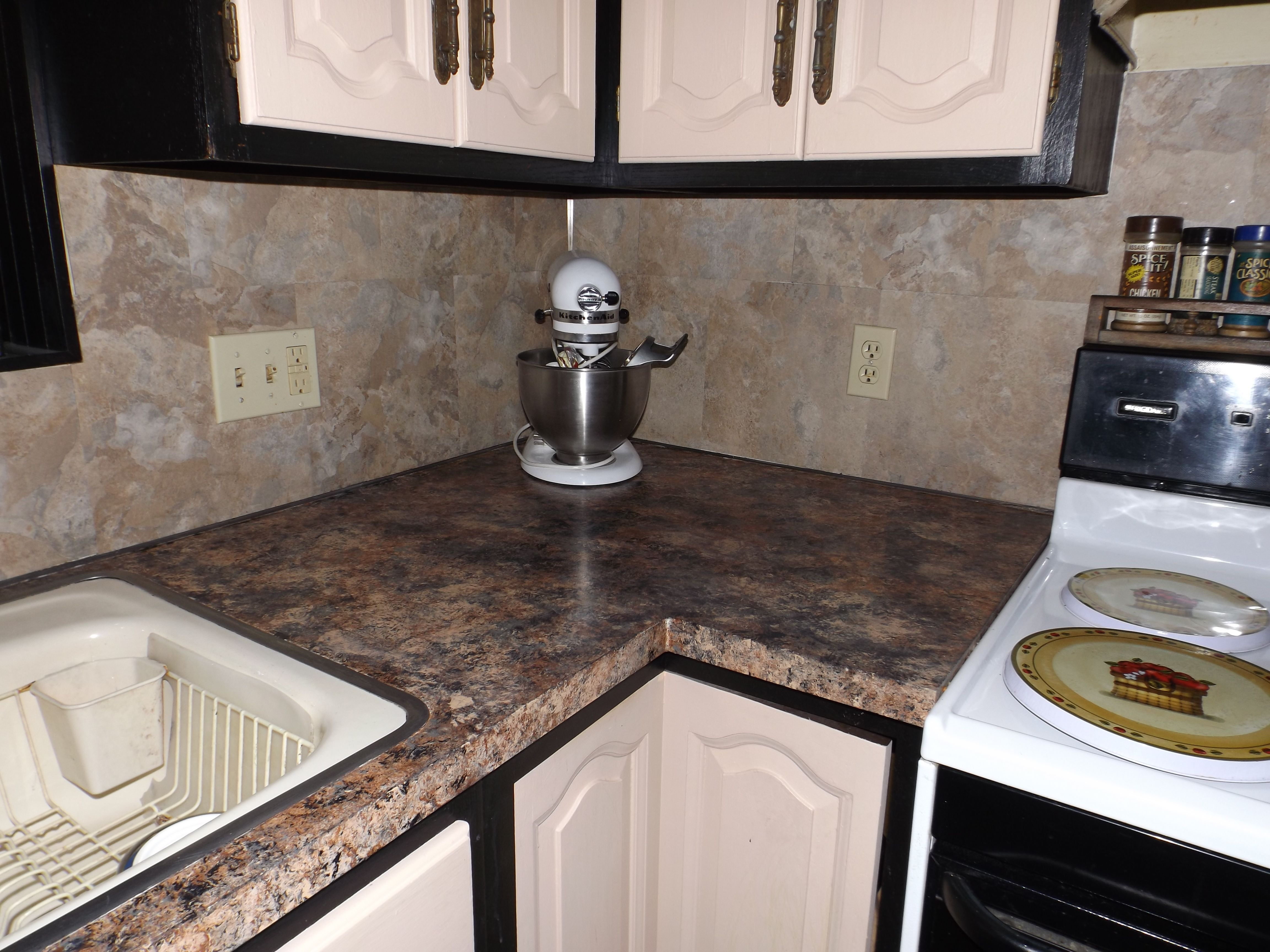 painted laminate countertops - photo #31