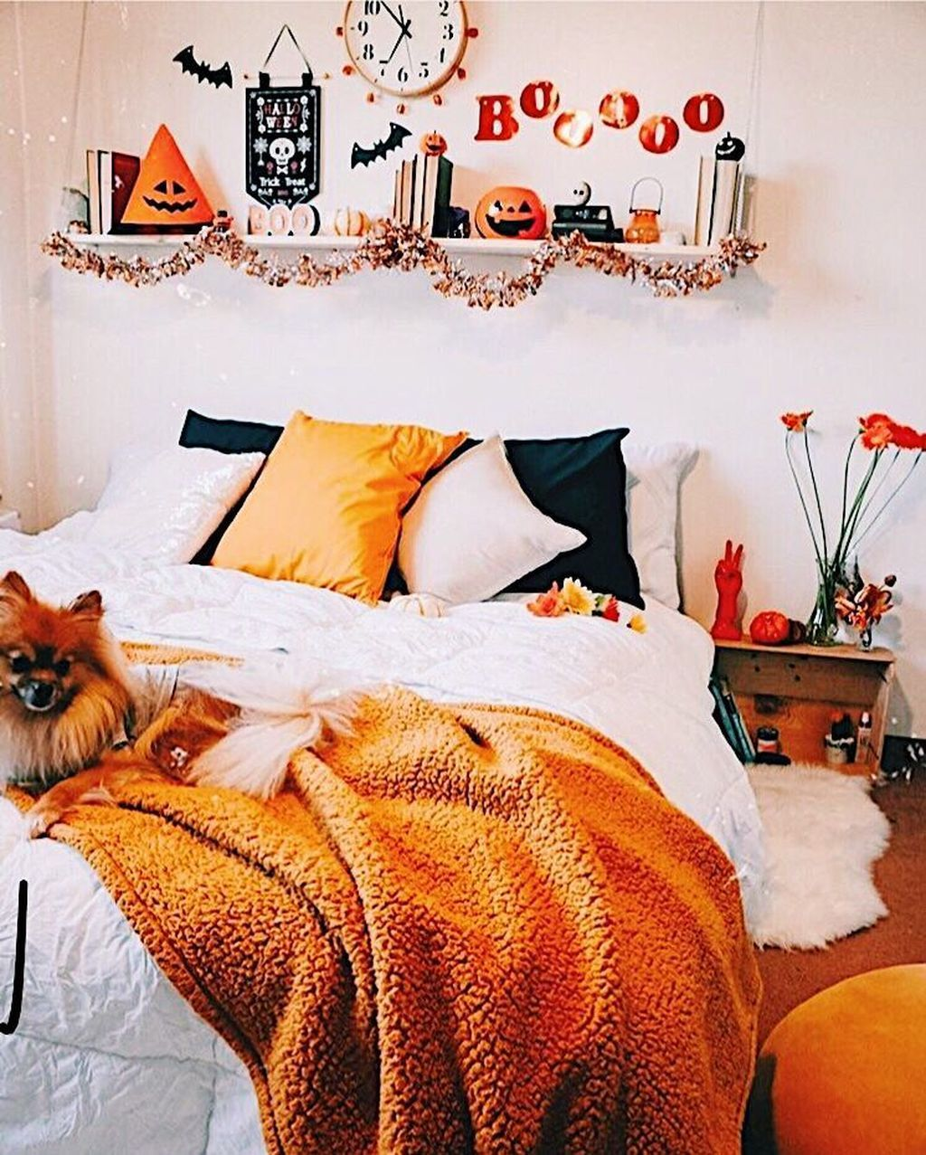 16 Lovely Fall Bedroom Decor Ideas That Will Popular This Year