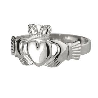 Solvar Ladies Traditional Claddagh Ring in Sterling Silver