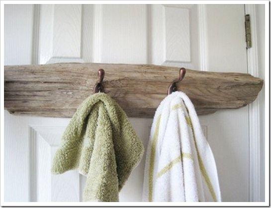 creative towel bars hooks driftwood wood ideas driftwood beach bathrooms driftwood crafts. Black Bedroom Furniture Sets. Home Design Ideas