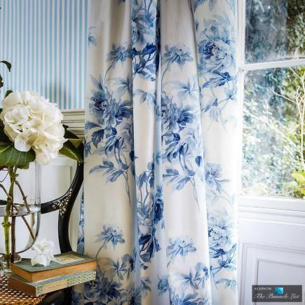 drapes вℓυє  ωнιтє Pinterest - cortinas azules