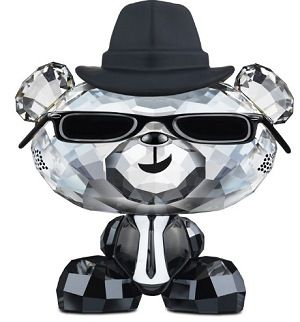 Bo Bear - Swarovski Blues Bo-Lovlots City keeps growing. The Lovlots campus now houses Bo Bear Blues Bo. Complete with metal sunglass shades and black hat. He is a real cool dude designed Crystal Silvershade with Jet Hematite crystal arms and feet. Dressed lacquered suit, and a hat in a black plastic.