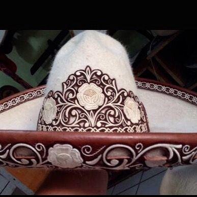 Vistas para sombreros bordadas en hilo de pita!!!! Calidad incomparable!  Informes  (323) 697-6033 Tel. EU (whatsap) Sólo compradores serios! 56ba31a1ab2