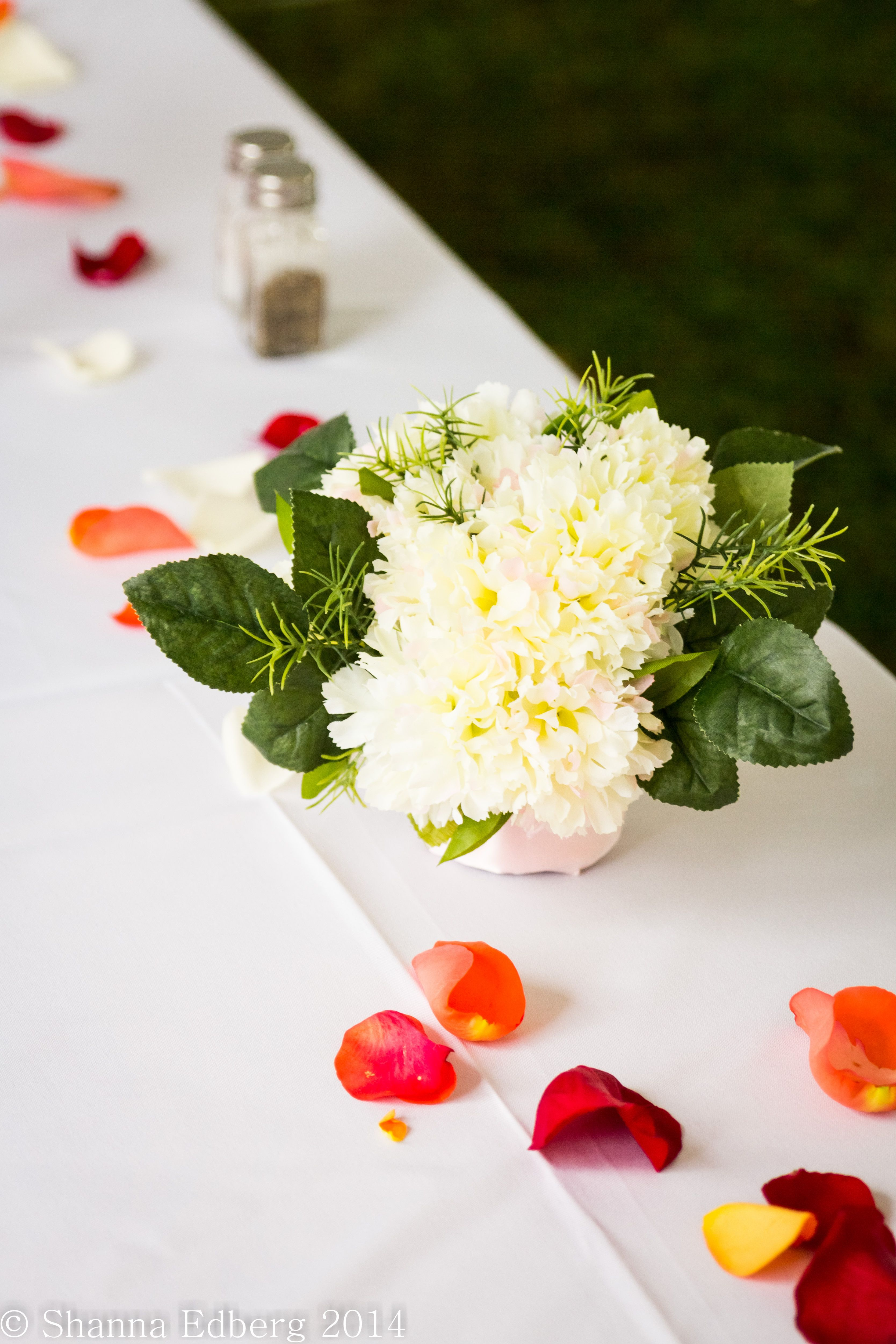 Floral wedding reception table centerpiece white flowers red rose ...