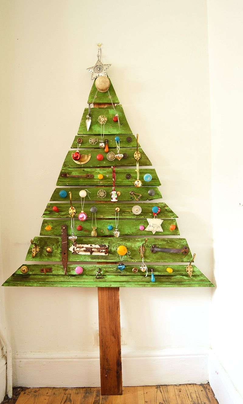 decorated diy wood christmas tree a space saving unique flat christmas tree for your home full step by step tutorials