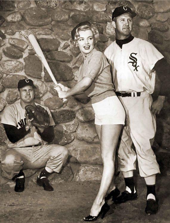 Marilyn Monroe Chicago White Sox Baseball Vintage Photo Print Etsy Marilyn Monroe Photos Chicago White Sox Baseball White Sox Baseball