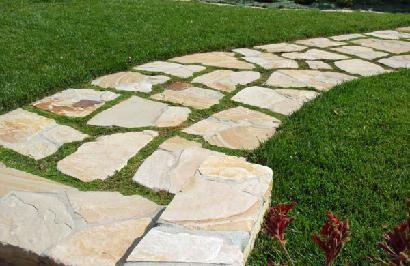 Flagstone/moss Walkway