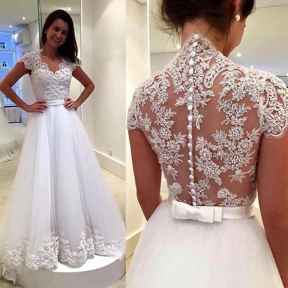 o vestido de noiva mais lindo, com detalhe em renda ❤