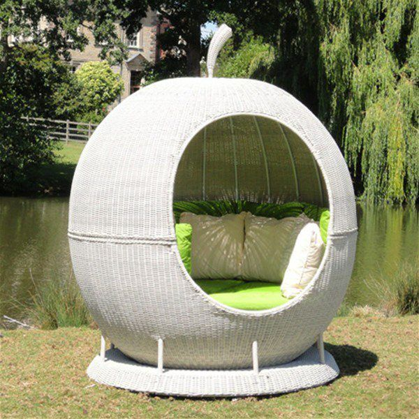 Garden Furniture Apple Pod the helios rotating apple daybed stunning feature for any garden