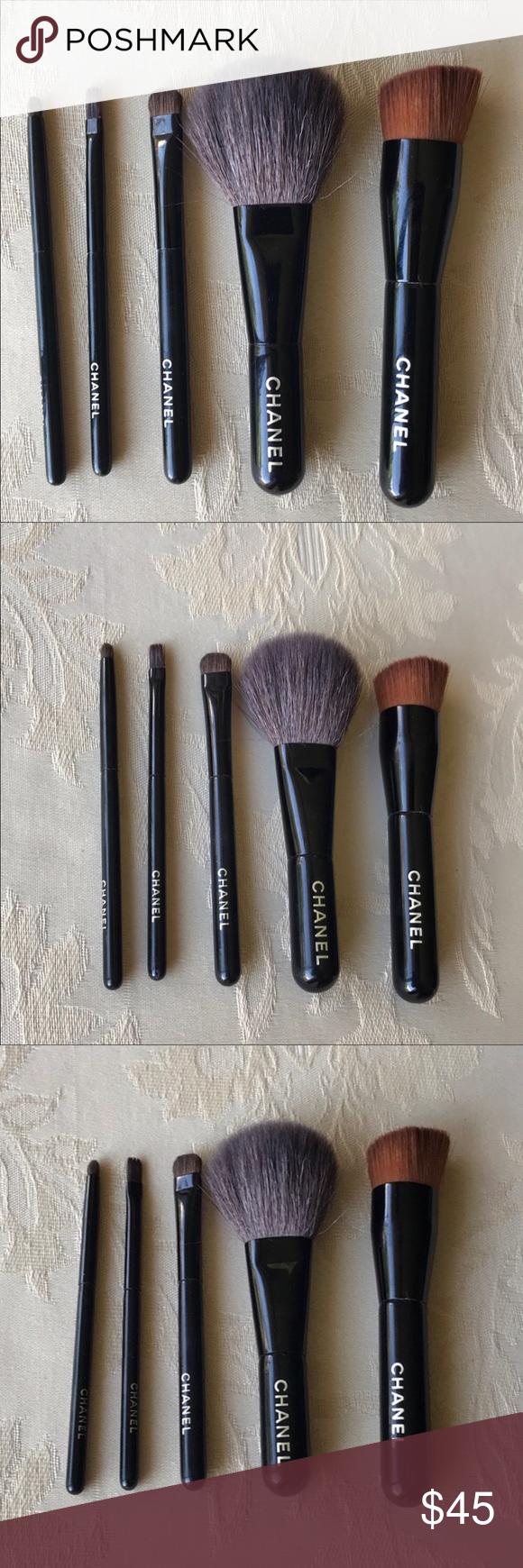 Chanel makeup brush set Authentic, Chanel travel brush set