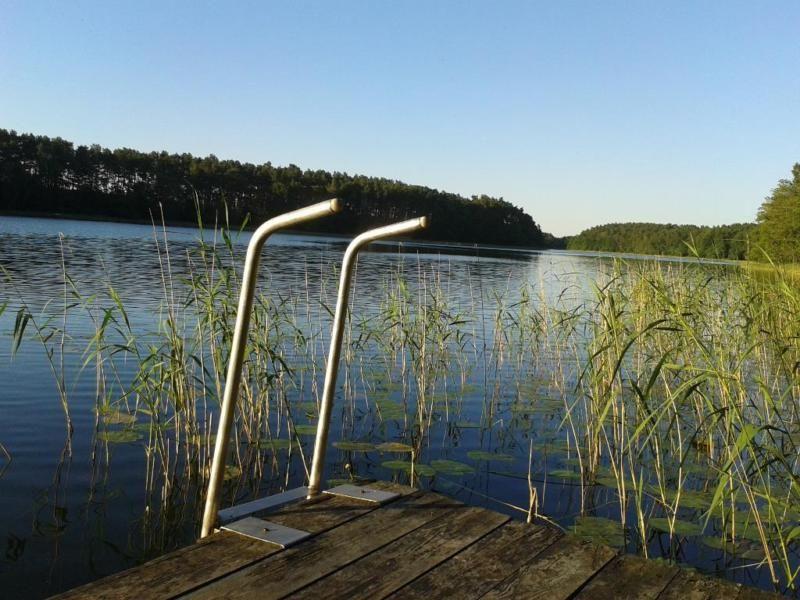 Wir verkaufen unser See/Feriengrundstück direkt an der