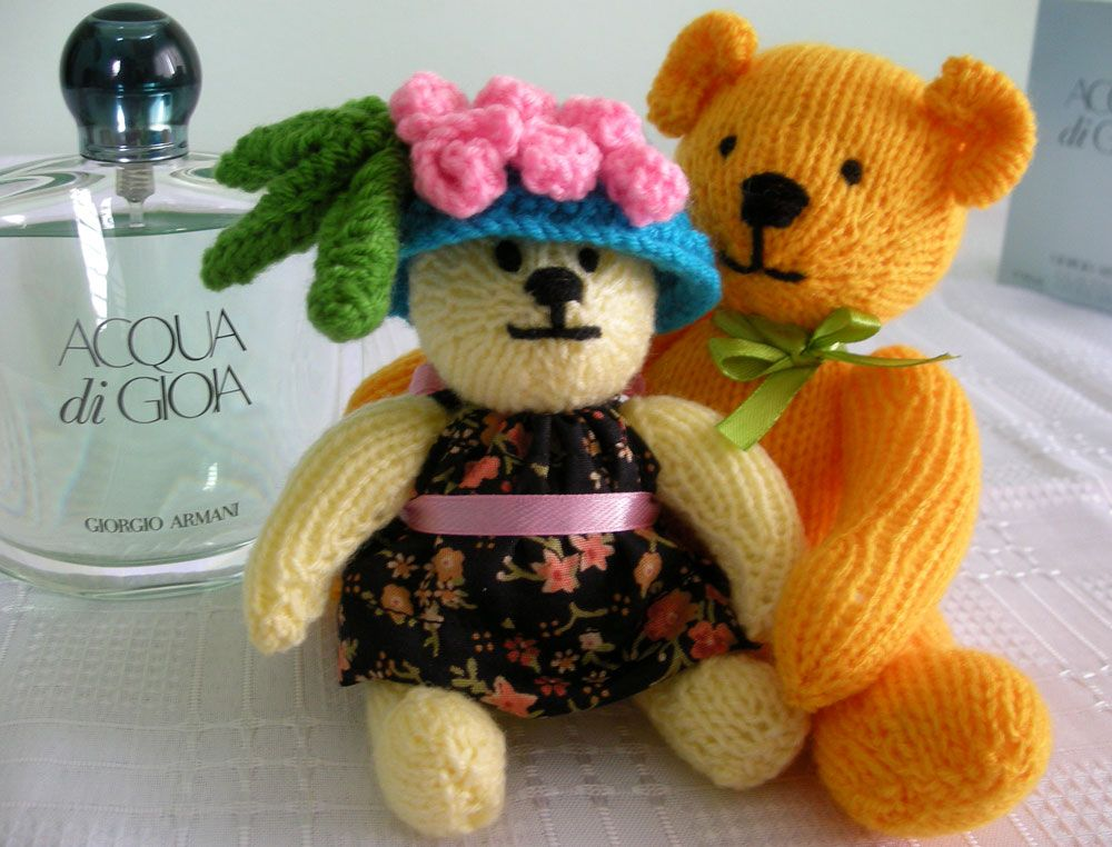 Hartley & Babette (With images) | Knitted teddy bear ...