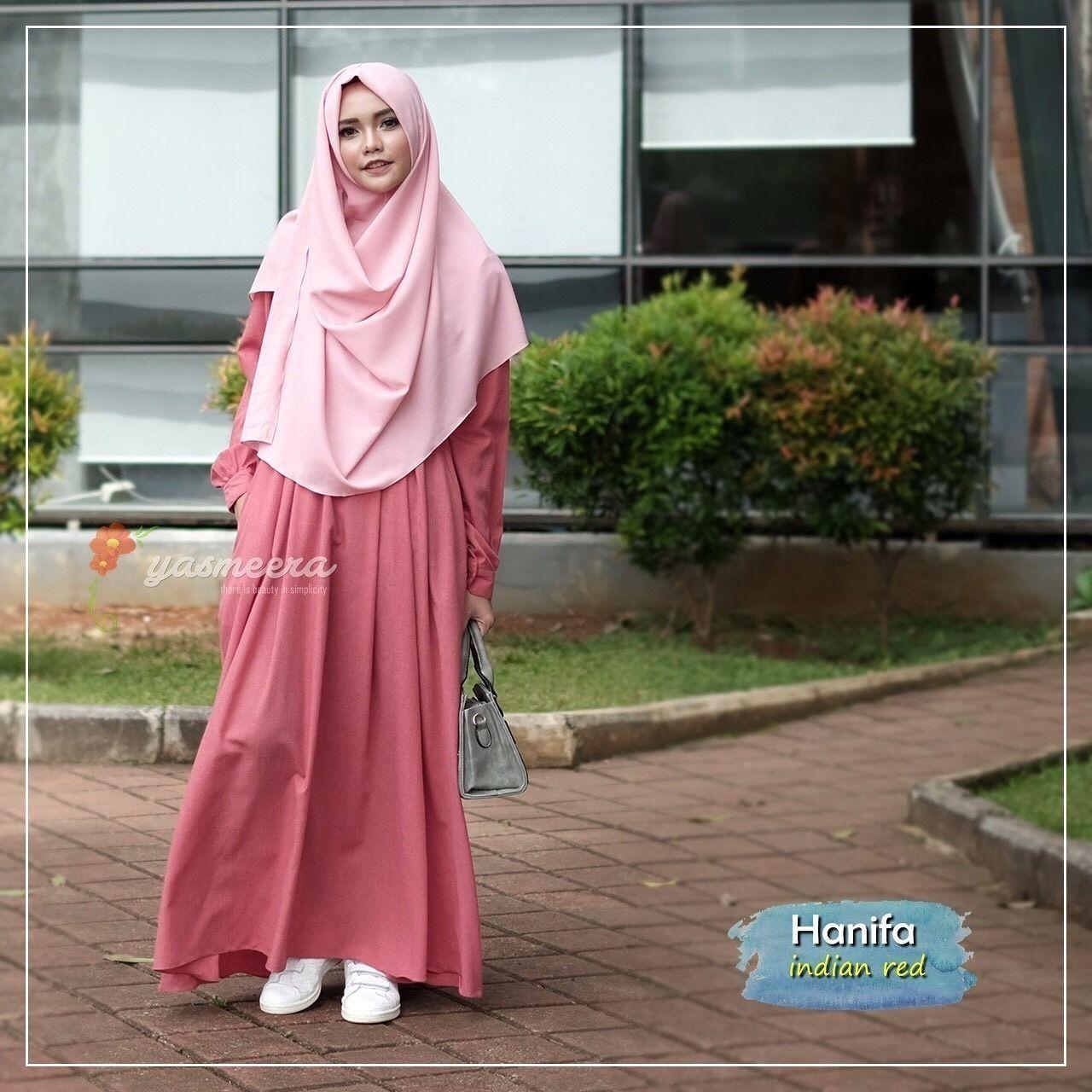 Baju Gamis Hitam Cocok Dengan Jilbab Warna Apa