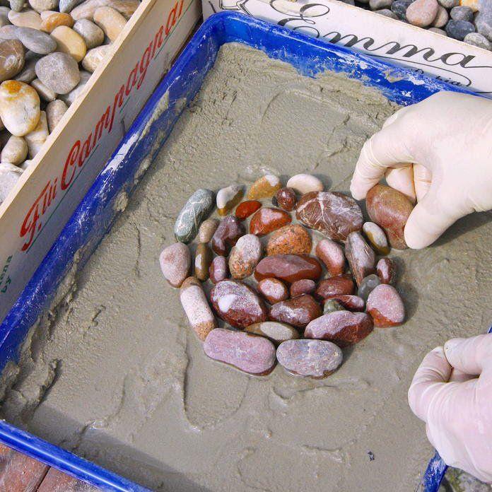 Kieselsteine legen beton Pinterest Mosaics, Shell art and Craft