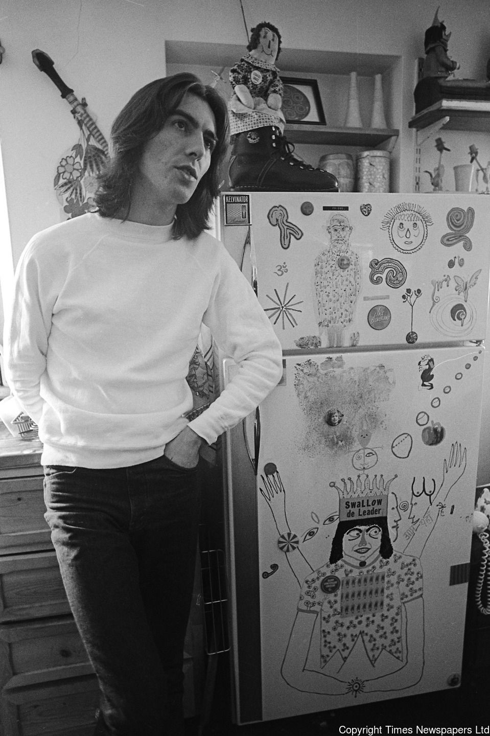 April 1969 Popular Mechanics Magazine Vacation Home Plans: George Harrison Pictured At His Home In Esher, Surrey. 6th