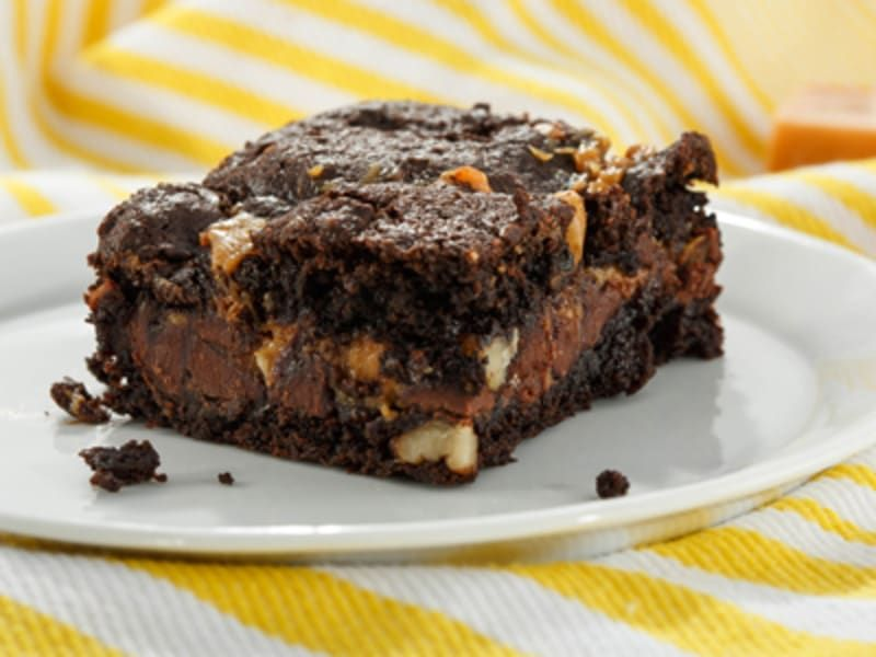 Easy Double Chocolate Chip Brownies Recipe Dessert Recipes Chocolate Caramel Brownies Desserts