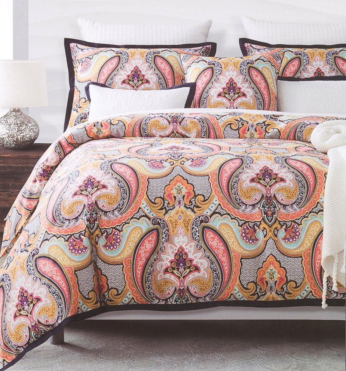 Eclectic Mid Century Modern Glamour Paisley Pattern Duvet Quilt
