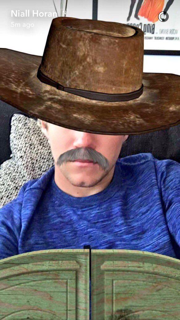 Niall on snapchat