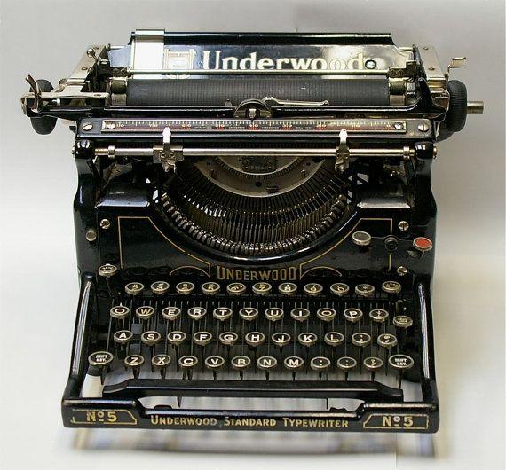 dating mijn Underwood schrijfmachine Dating knuffelen