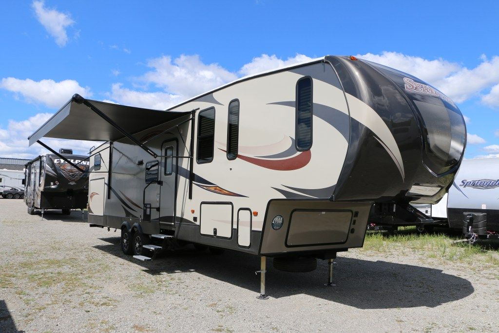 2013 2017 Lakeshore Rv 5th Wheels For Sale Keystone Sprinter