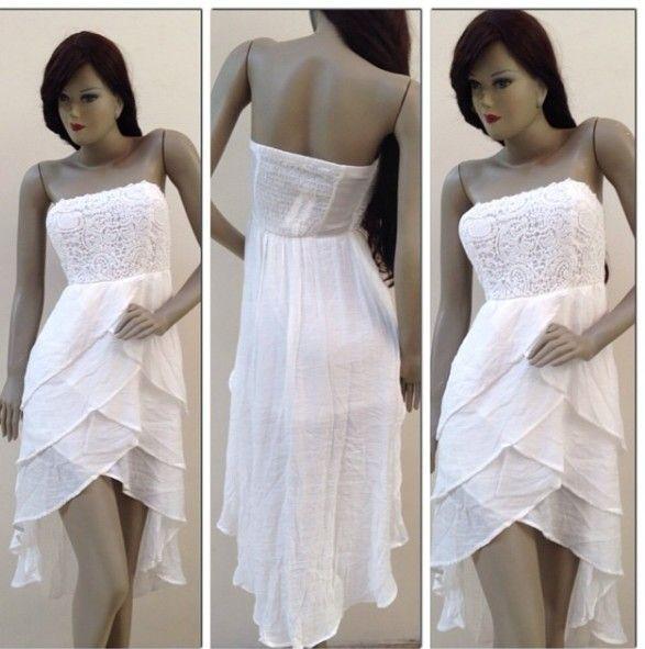 62a8b166d Vestido blanco cola de pato
