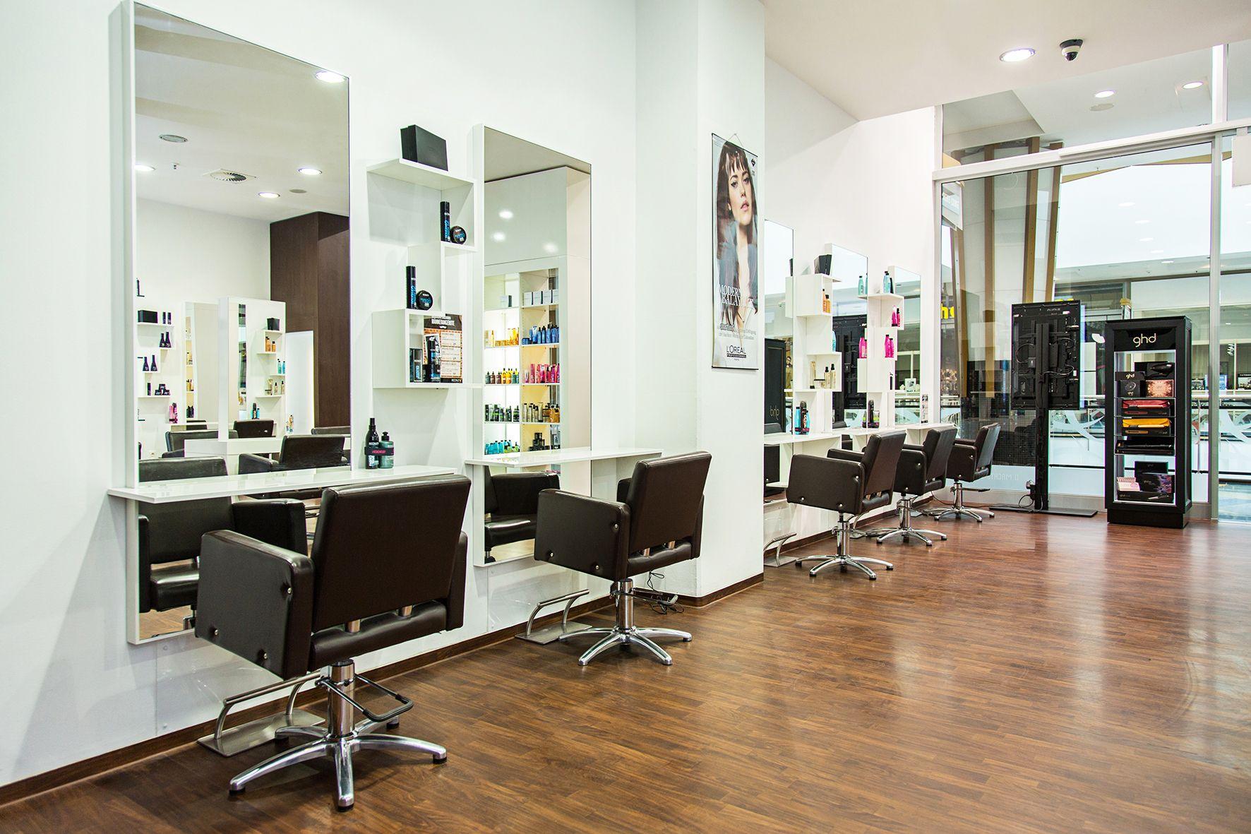 Friseur für beste Haarverlängerung in Berlin, D. Machts Lounge ...