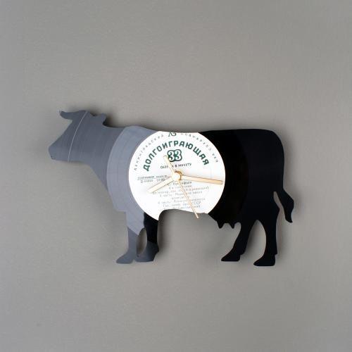A Cow Clock In Vinyl Love It !