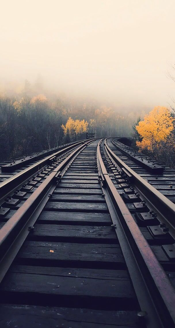 Pin by steven heath on rails and trains hintergrundbilder iphone hintergrundbilder hintergr nde - Track wallpaper hd ...