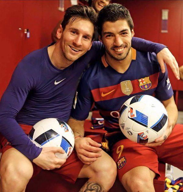 "FC Barcelona on Twitter: ""Luis Suárez y Messi tras el partido. https://t.co/44bRcVDfFK"""