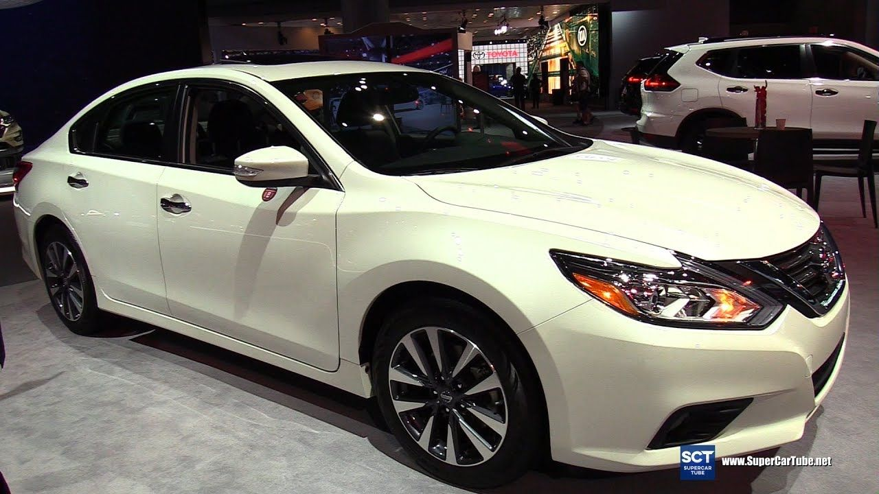 2017 Nissan Altima Sv >> 2017 Nissan Altima Sv Exterior And Interior Walkaround