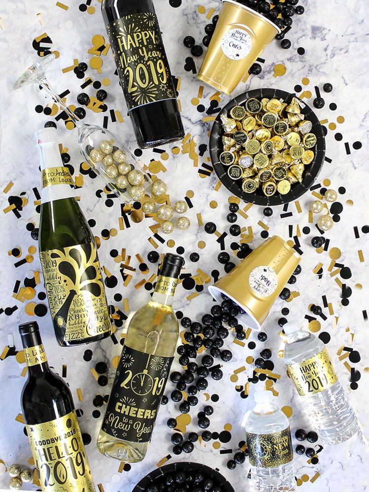 new years eve 2019 gold metallic foil wine bottle labels use these metallic gold foil wine