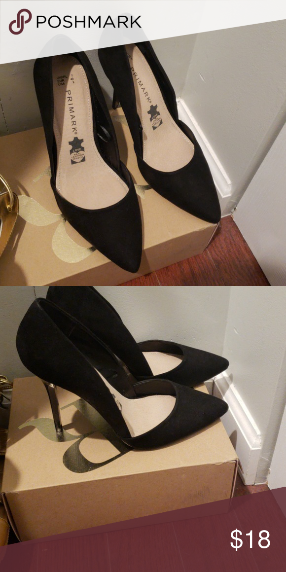 9f721434ef6 Black pointed toe heels Size 9. Literally new