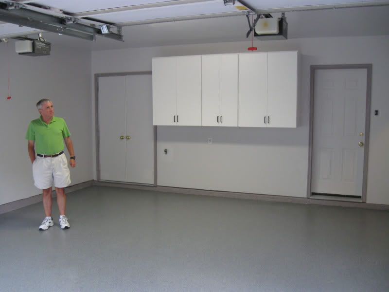 Nice colors garage organization pinterest garage for What color to paint garage floor
