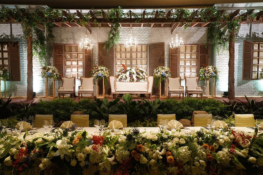 Simple decoration for pelaminan wedding preps pinterest simple decoration for pelaminan wedding preps pinterest decoration wedding and weddings junglespirit Images
