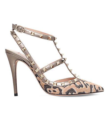 VALENTINO Rockstud 100 Ponyskin Courts. #valentino #shoes #heels