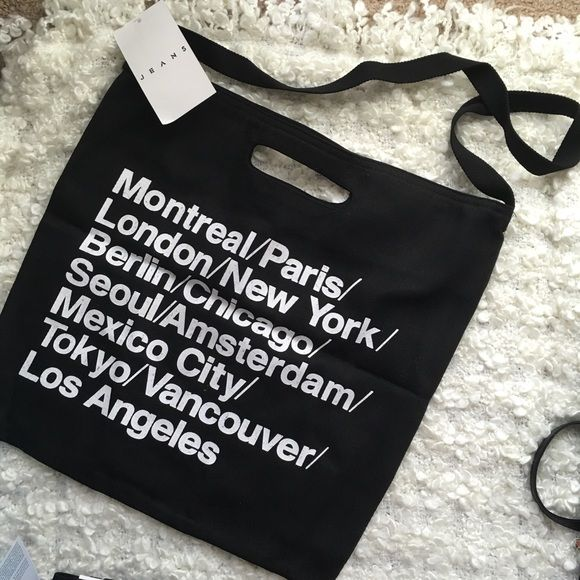 AA NWT classic Bull denim woven cotton city tote AA NWT classic Bull denim woven cotton city tote NWT one size  retail:42 color:Black ship within 1-2days. price is firm ⛔️no trade⛔️ American Apparel Bags Totes