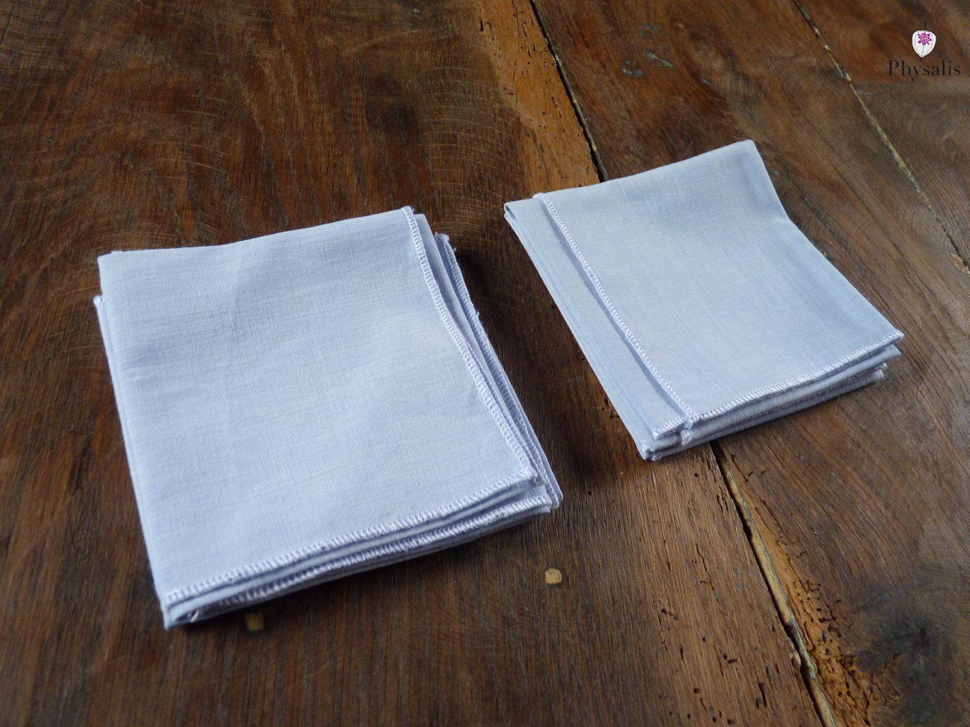 Lot de 4 mouchoirs en tissus lavables, bleu clair http://www.alittlemarket.com/soin-bien-etre/fr_lot_de_4_mouchoirs_en_tissus_lavables_bleu_clair_-15459953.html
