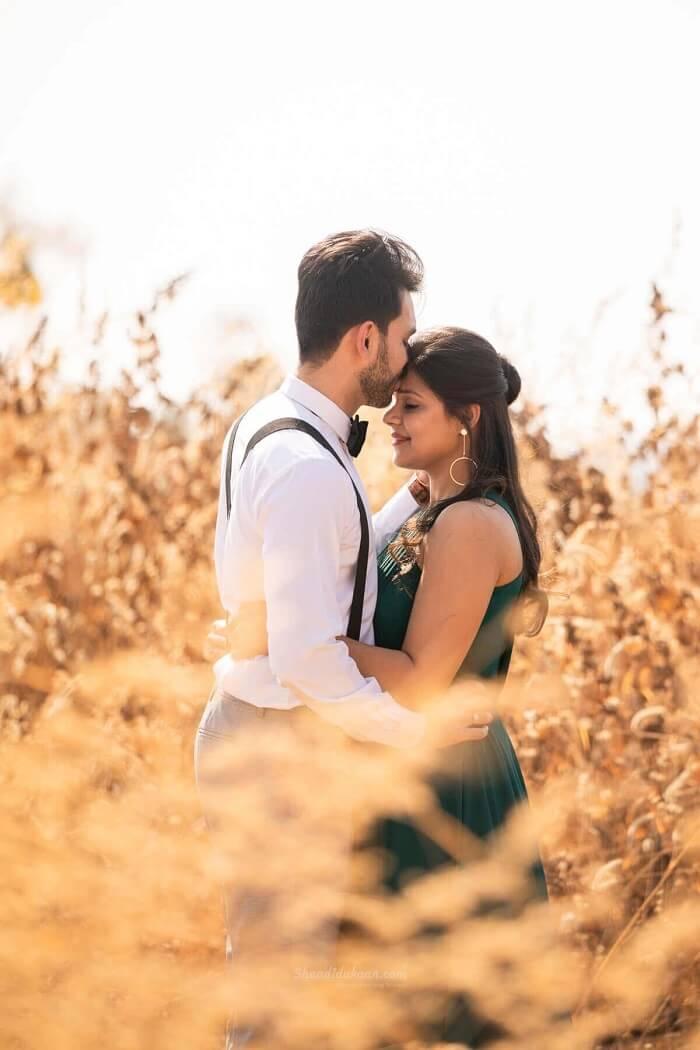 50 Pre Wedding Photoshoot Ideas Nobody Did It Like These Cute Couples Pre Wedding Photoshoot Wedding Photoshoot Photoshoot Themes