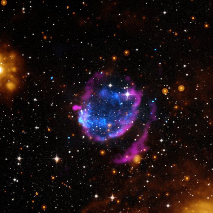 Supernova Sweeps Away Rubbish In New Composite Image