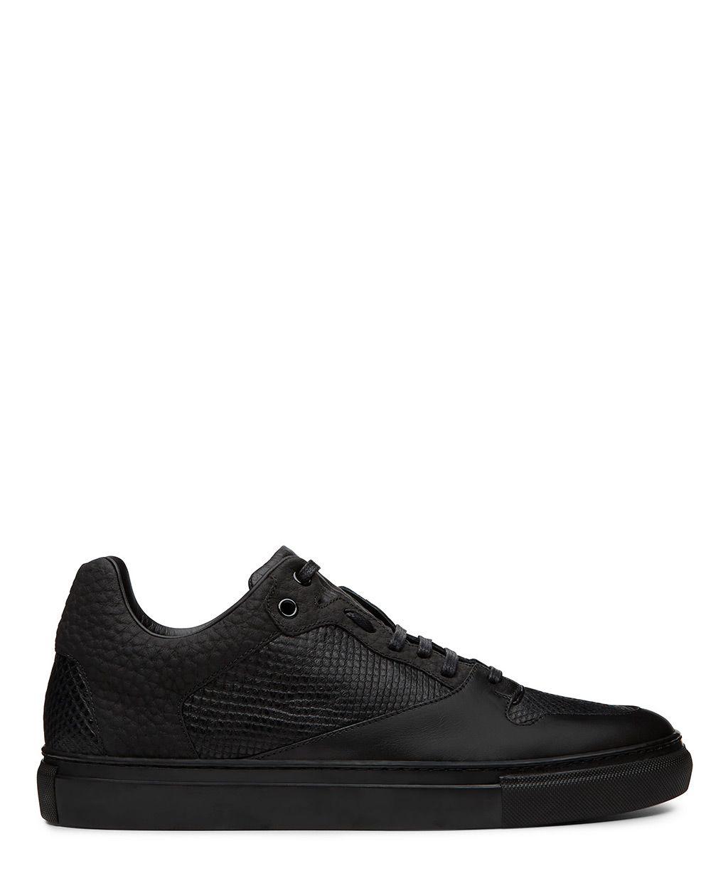 edcbf16f09e1 Balenciaga Black Low Top Sneaker