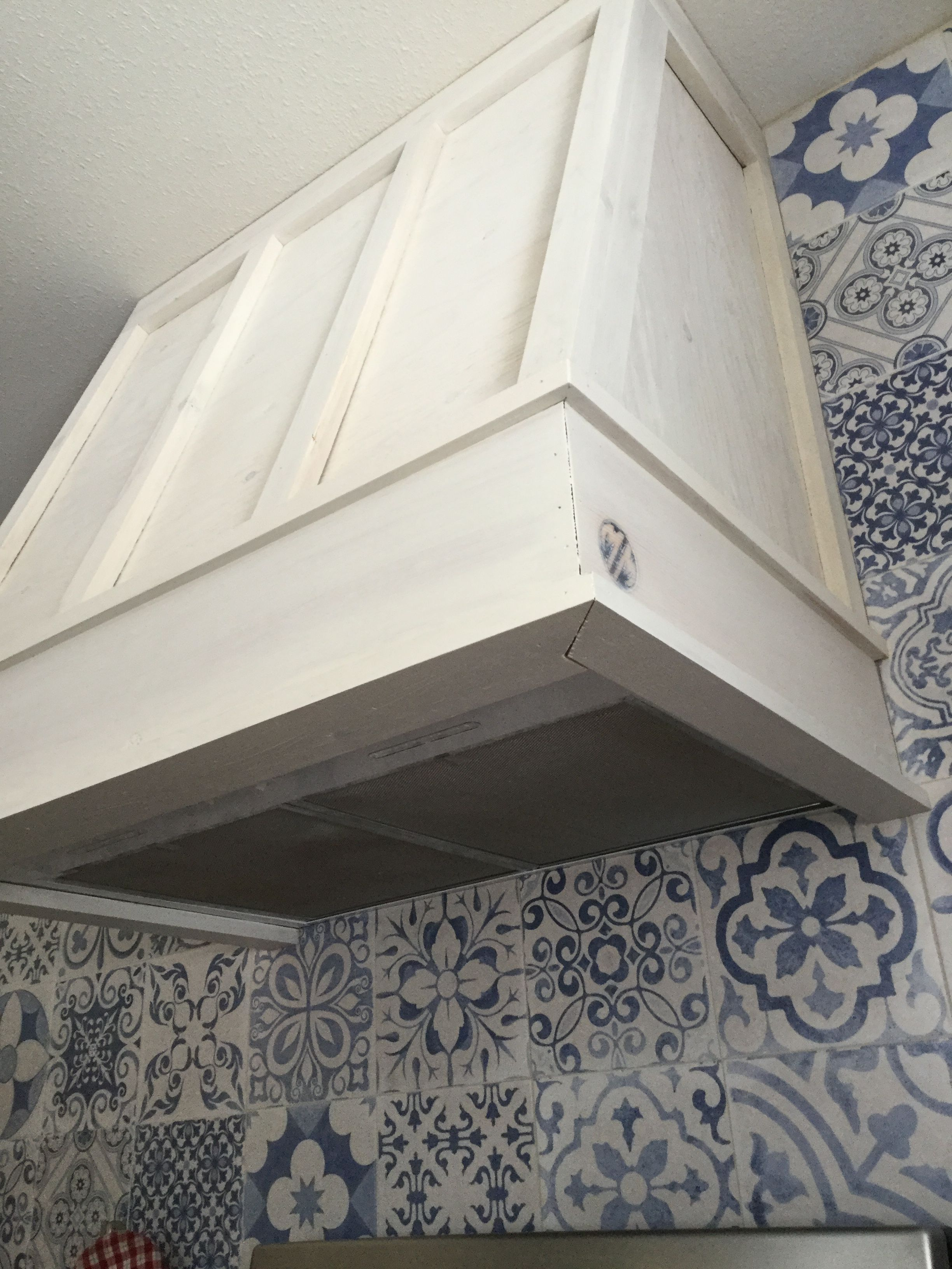 Easy to retrofit an existing hood Luxury kitchen design