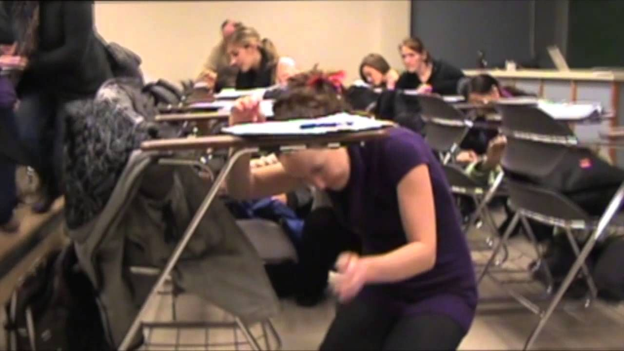 University of Victoria demonstrates how to respond during an #earthquake in a campus setting. #ShakeOut2013 #ShakeOutBC #DCHO