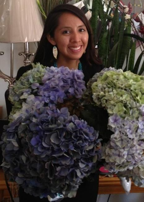 On July 16th I was honored to send My daughter Ellie's friend Nicole some of our Hydrangea blooms for her fathers funeral in New Mexico ,who passed away unexpectantly...Our prayers go out to you and your family Nicole.