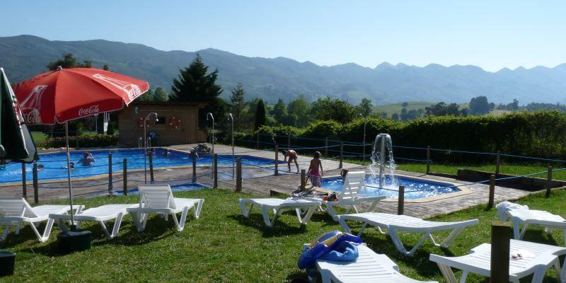 Camping En Asturias Con Bungalows Y Piscina Cerca De Llanes Landschappen
