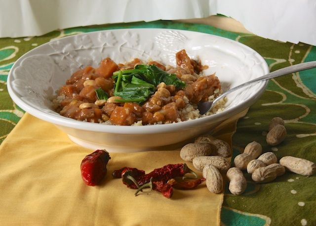 African Peanut Stew with Quinoa - Making this soon, but substituting regular potatoes with chicken